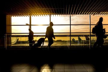 l'aéroport des hommes