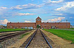Auschwitz, autopsie d'une ville blessée par l'Histoire
