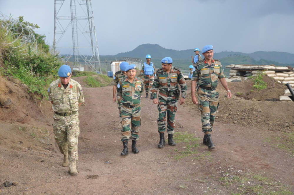 les militaires de l'ONU qui surveillent la zone