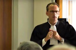 Julien Papineau, avocat du coq Maurice à Oléron