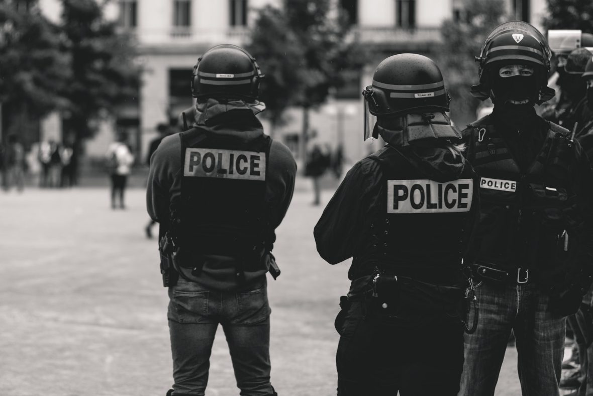 Arnaud est flic